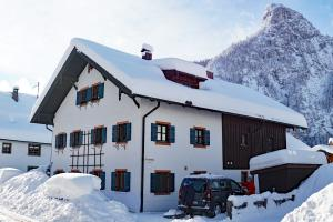 Winter am Haus